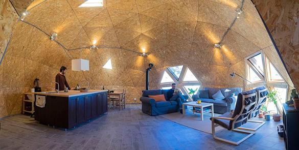 interior cúpula geodesica
